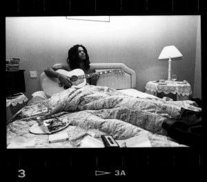 Lenny Kravitz eating, sleeping, and living music